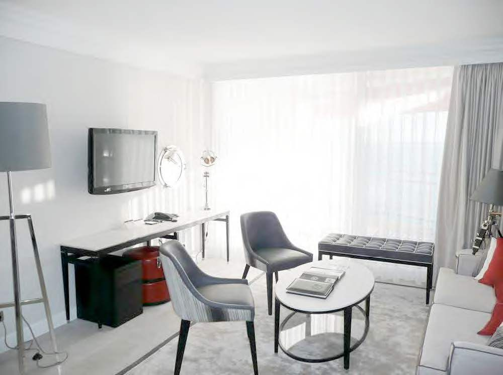 Residence hoteliere carre d 39 or la costa properties monaco for Location residence hoteliere